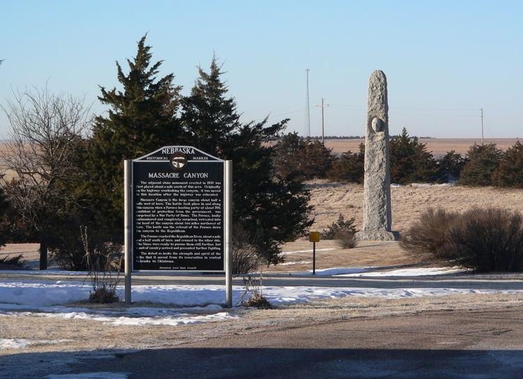 Massacre Canyon FileMassacre Canyon monument and markerJPG Wikimedia Commons