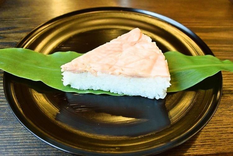 Masuzushi Recipes for Tom Masuzushi pressed salmon sushi wrapped with