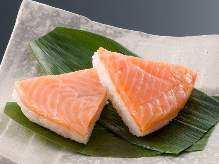 Masuzushi Masuzushi Pressed Trout Sushi Cupido