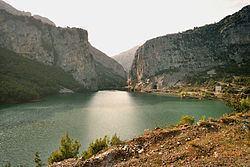 Mat, Albania httpsuploadwikimediaorgwikipediacommonsthu