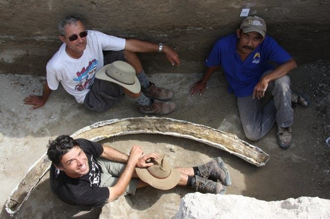 Mata Menge A 700000yearold fossil find shows the Hobbits39 ancestors were