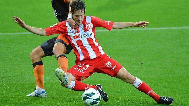 Mate Dugandzic Mate Dugandzic39s ALeague season over after foot injury