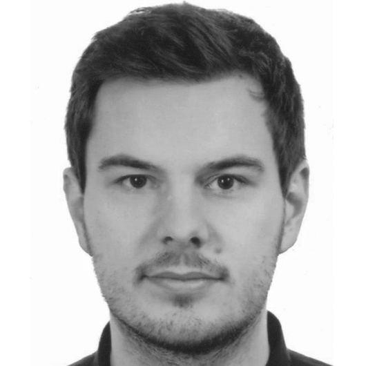 Mateusz Bartczak Mateusz Bartczak UX Designer mConnect GoldenLinepl