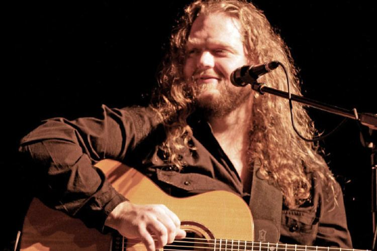 Matt Andersen Folkblues artist Matt Andersen steps up to Massey Hall on