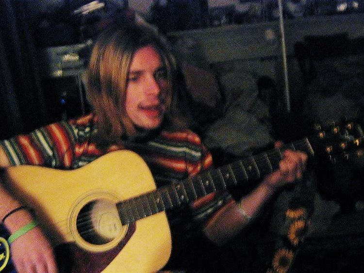 Matt Bowen (musician) TOP MUSICIAN MATT BOWEN LOOKS LIKE KURT COBAIN