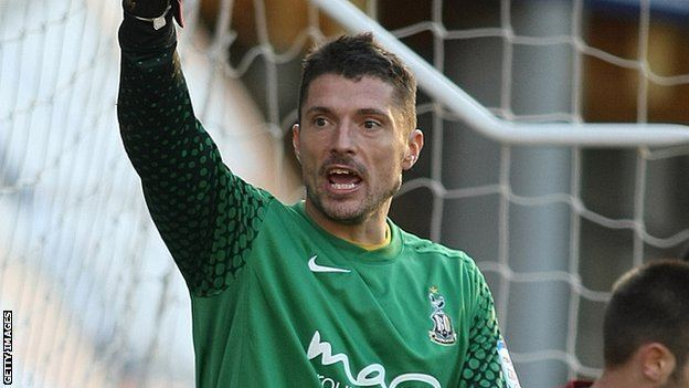Matt Duke BBC Sport Northampton Town sign Bradford City39s Matt
