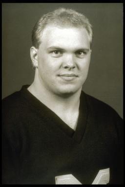 Matt Elliott (American football) Matt Elliott Football AllAmerican University of Michigan Athletics