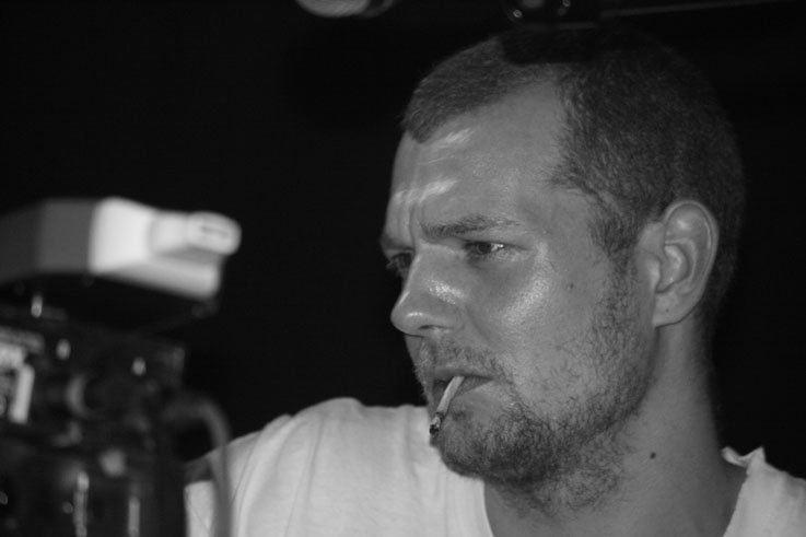 Matt Elliott (musician) Matt Elliott Good Pawn Lyrics MetroLyrics