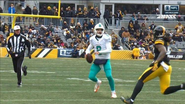 Matt Moore (American football) Matt Moore big hard hit Miami Dolphins Pittsburgh Steelers 0108