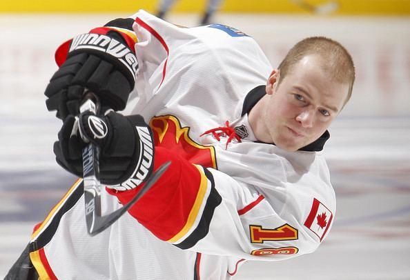 Matt Stajan Matt Stajan Pictures Calgary Flames v Toronto Maple