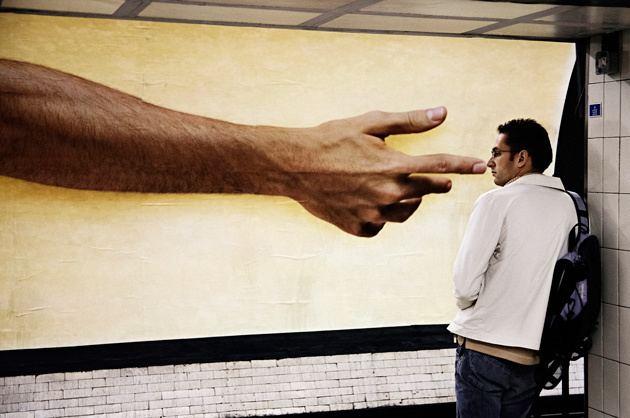 Matt Stuart (photographer) A guide to street photography Matt Stuart manners and human autofocus