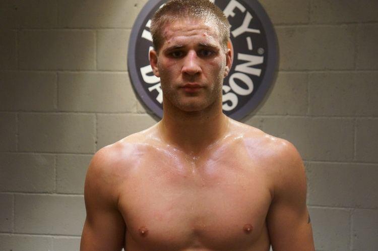 Matt Van Buren TUF Photo Gallery The Ultimate Fighter 19 Before and