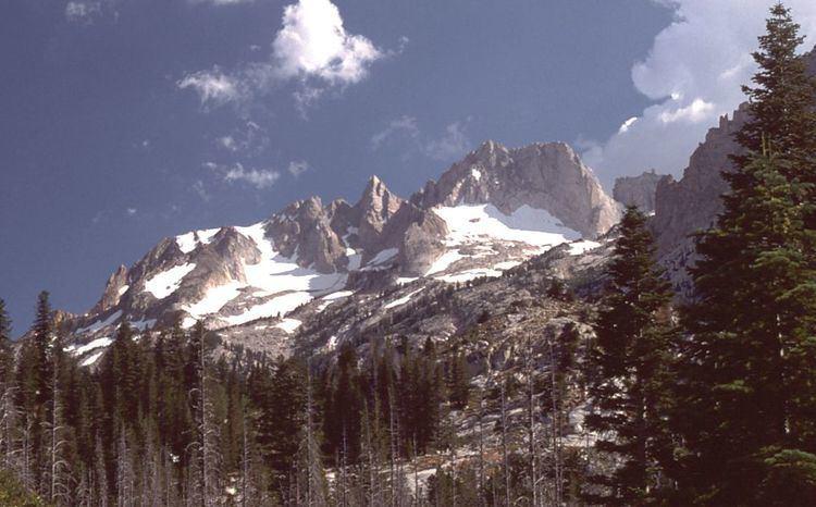 Matterhorn Peak httpsuploadwikimediaorgwikipediacommons33