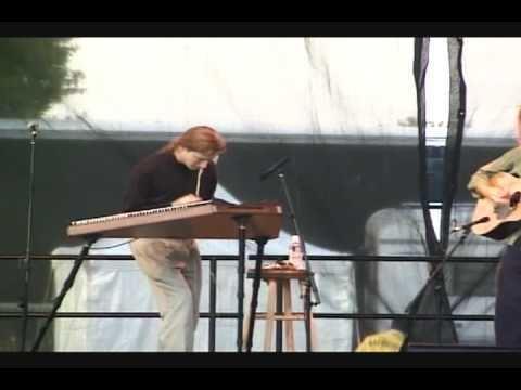 Matthew Abelson Matthew Abelson performs at Arcade Kent 1999 YouTube