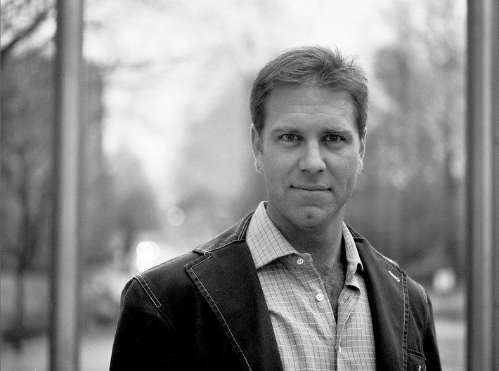 Matthew Mahoney (New York) Matthew Mahoney Portrait Project 2005 MBA Harvard Business School