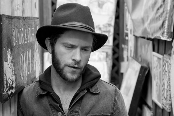 Matthew Mayfield Daily Discovery Matthew Mayfield Heartbeat American Songwriter