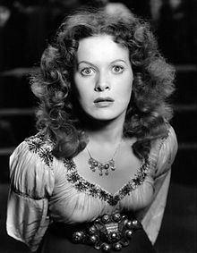 Maureen O'Hara httpsuploadwikimediaorgwikipediacommonsthu