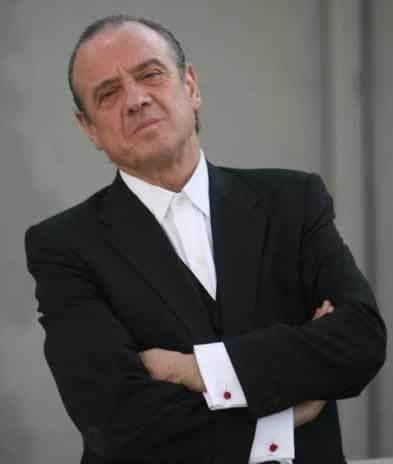 Mauricio Pesutic MUNDO LATINO Mauricio