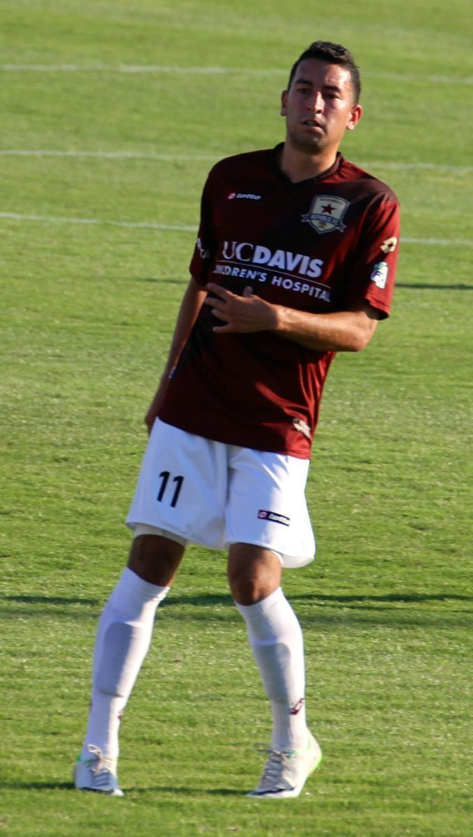Max Alvarez