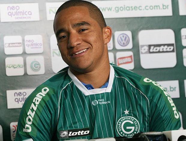 Max Pardalzinho Boavista acerta o retorno do atacante Max Pardalzinho para