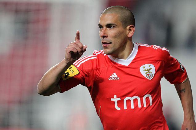 Maxi Pereira LFC Online 8 Maxi Pereira Benfica