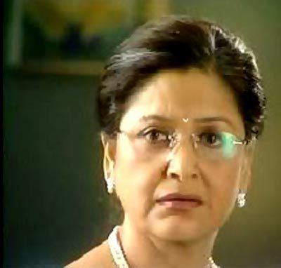 Maya Alagh VOTE Your Favourite Filmi Mother Rediffcom Movies