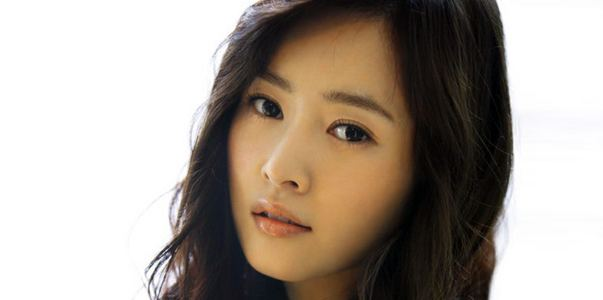 MayBee Maybee singer kpop