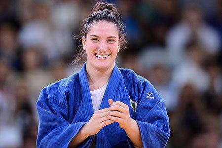 Mayra Aguiar Mayra Aguiar vence holandesa no jud e conquista o bronze
