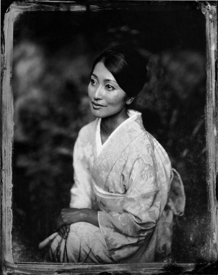 Mayu Tsuruta Modern Classic Portfolios Postmodern Portraitsportrait Everett
