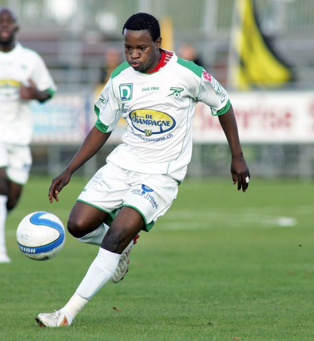 Mbala Mbuta Biscotte Stade Olympique Choletais Biscotte Mbala Mbuta au SO Cholet