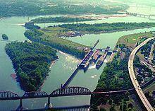 McAlpine Locks and Dam httpsuploadwikimediaorgwikipediacommonsthu