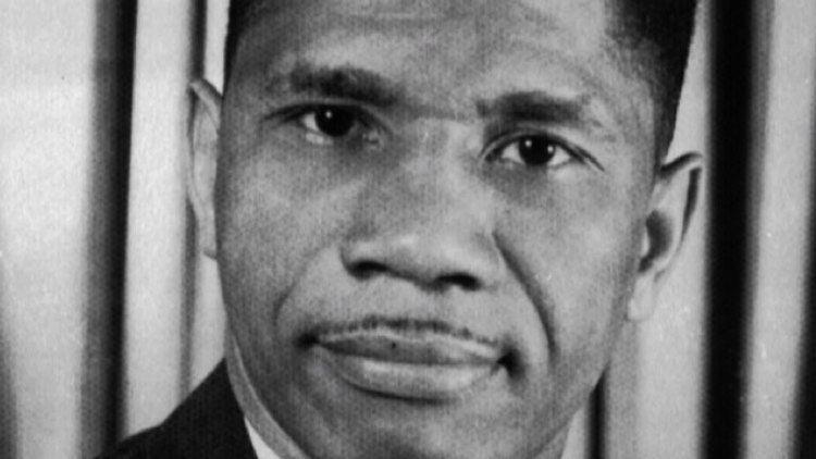 Medgar Evers Medgar Evers Civil Rights Activist Biographycom