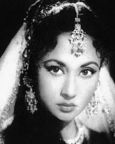 Meena Kumari httpsuploadwikimediaorgwikipediaencc1Mee