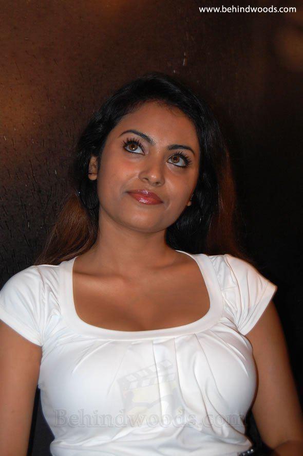 Meenakshi (actress) TN07AL4777Movie Behindwoodscom Pasupathi Tamil