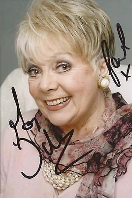 Meg Johnson Meg Johnson Emmerdale Pearl Ladderbanks Hand Signed Autograph Photo
