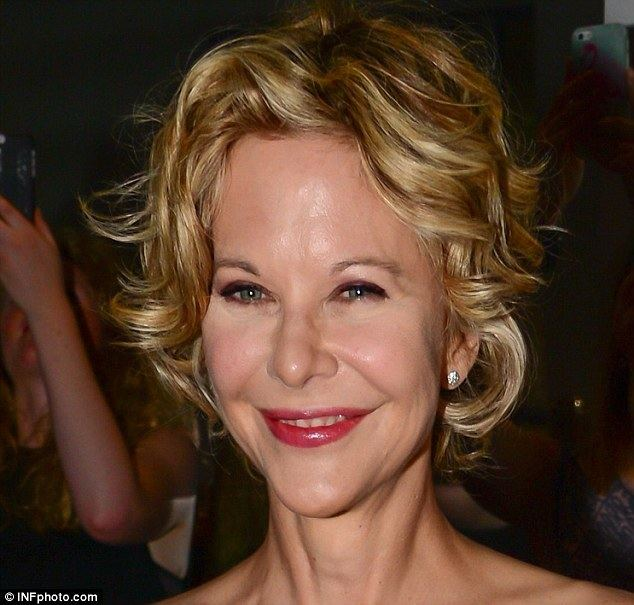 Meg Ryan Meg Ryan shows off flawless complexion at the Georges