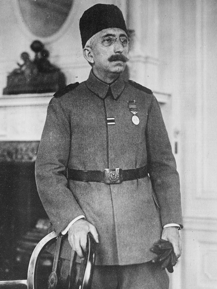 Mehmed VI httpsuploadwikimediaorgwikipediacommonsbb