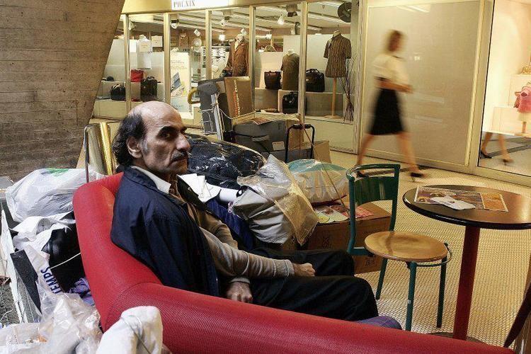 Mehran Karimi Nasseri Meet Iranian Man Who Has Lived In A Paris Airport Since