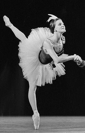 Melissa Hayden (dancer) httpsuploadwikimediaorgwikipediacommonsthu