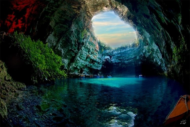 Melissani Cave wwwplacestoseeinyourlifetimecomwpcontentuploa