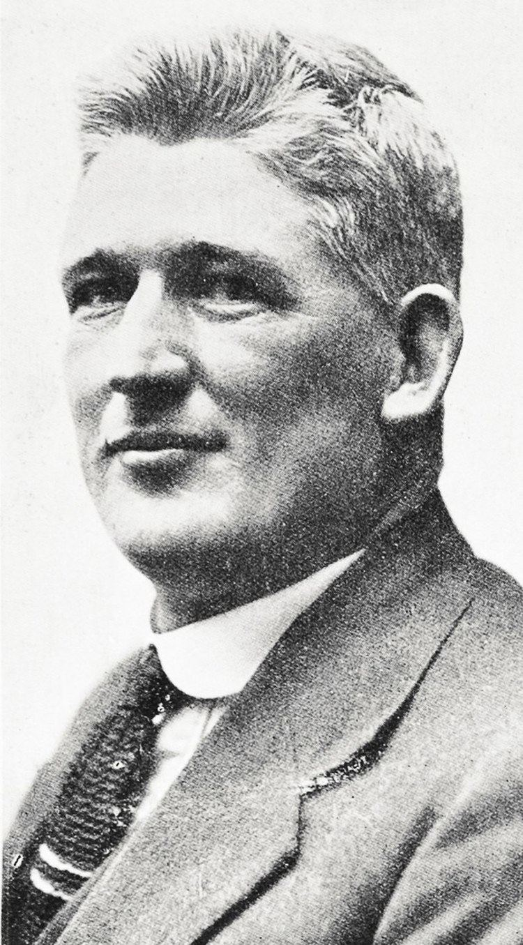 Melville Lyons