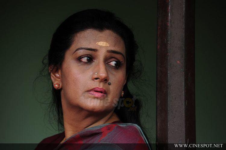 Menaka (actress) Menaka Photos Menaka Photo Gallery Veethi