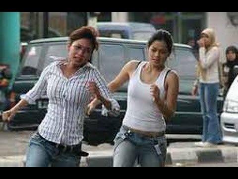 Mendadak Dangdut Mendadak Dangdut 2006 Indonesia Movie Titi Kamal Kinaryosih