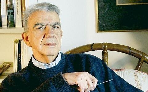 Menis Koumandareas Un romn bnuit c a ucis un mare scriitor grec Click