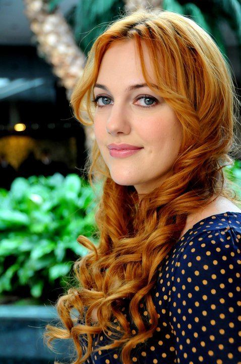 Meryem Uzerli Hurrem Sultan We Heart It Turkish and meryem uzerli