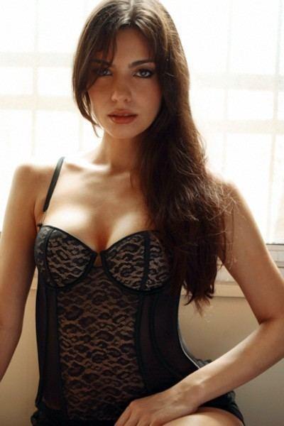 Mia Uyeda These 14 Pics Of Actress Mia Uyeda Are Too Hot To Handle RVCJ Media