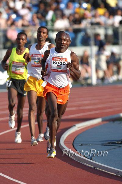 Micah Kogo Micah Kogo Runs 2729 in Laredo Spain by Alfons Juck