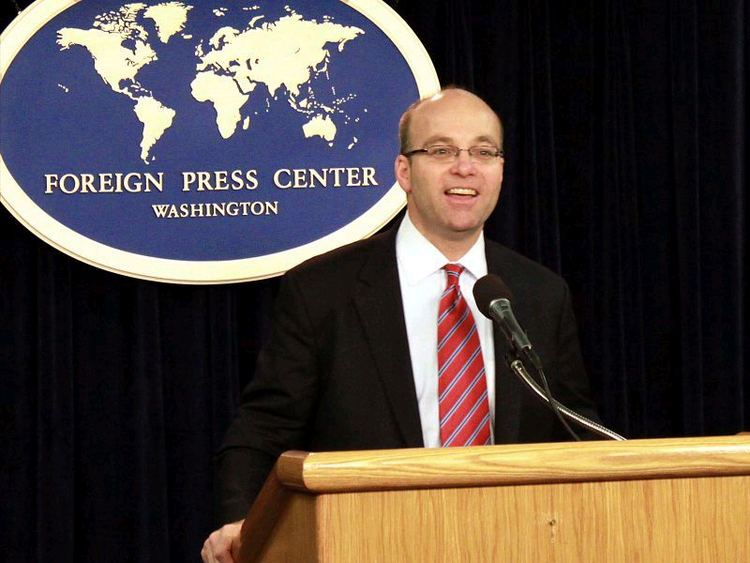 Michael Allen (journalist)