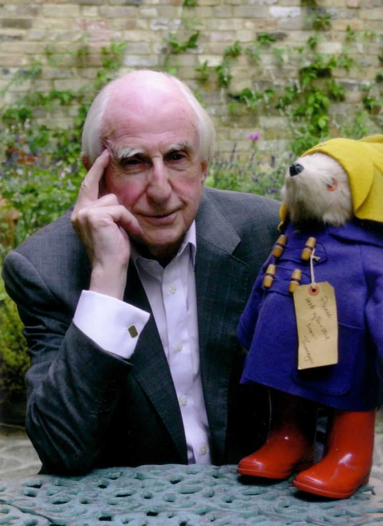 Michael Bond Letter to Editors from Michael Bond creator of