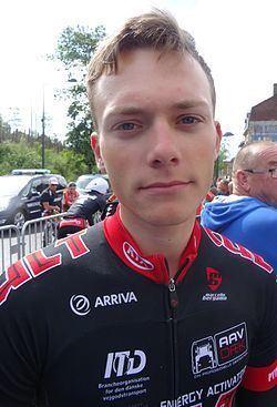 Michael Carbel httpsuploadwikimediaorgwikipediacommonsthu